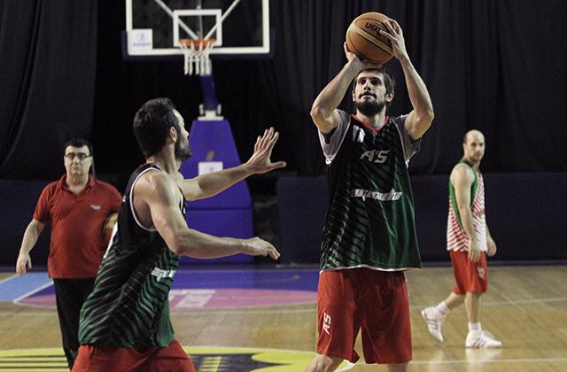 Esta noche inicia en Uruguay la otra semifinal