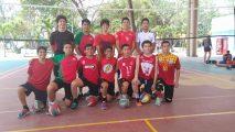 Selección varonil categoría juvenil menor de voleibol de sala lista para el Regional Nacional