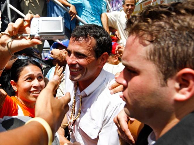 Capriles compara elección con lucha entre el bien y el mal