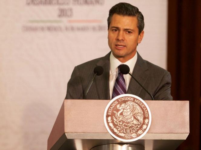 Peña Nieto tomará protesta a presidente del Consejo de la Comunicación