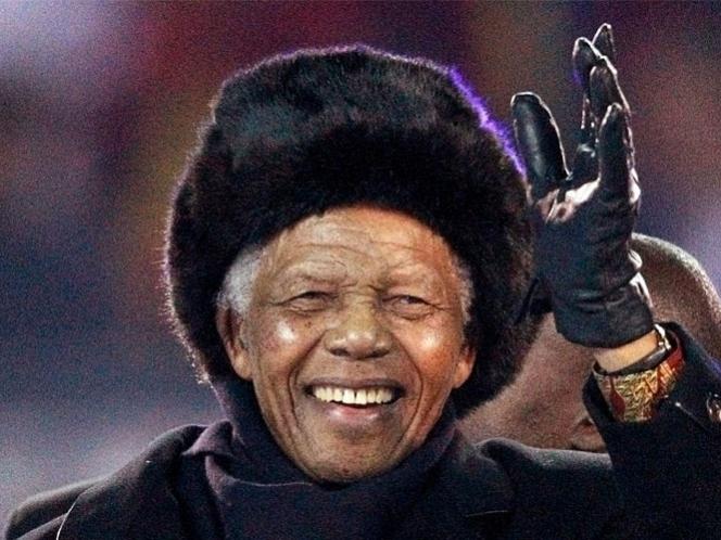 Mandela está en buena forma y animado, dice presidente de Sudáfrica