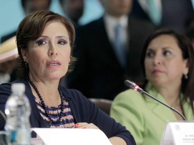 Alista Hacienda nueva denuncia contra Robles por convenios adicionales