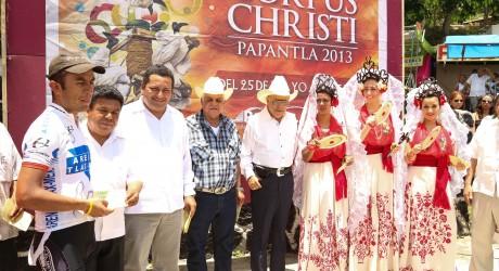 Inicia con gran éxito la Fiesta de Corpus Christi Papantla 2013