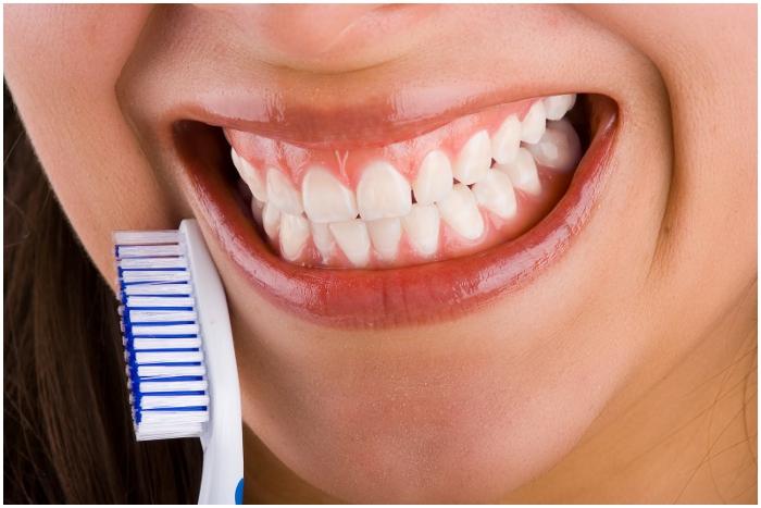 Mala higiene bucal puede provocar Alzheimer