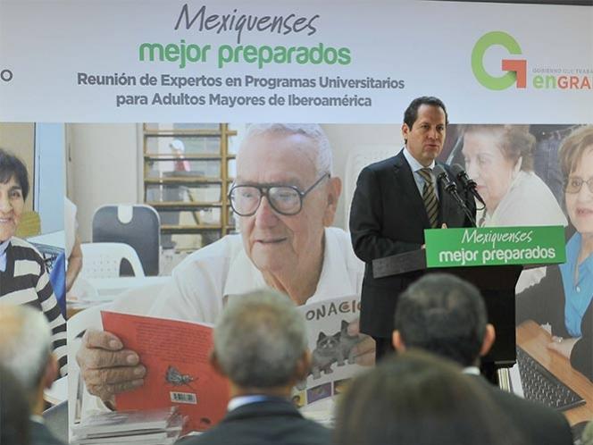 Anuncia Eruviel Ávila universidad para adultos mayores