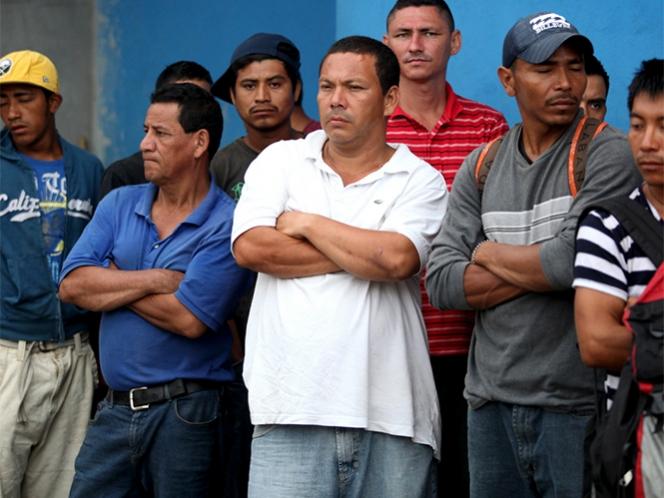 ONU adopta resolución presentada por México: 'Ningún ser humano es ilegal'