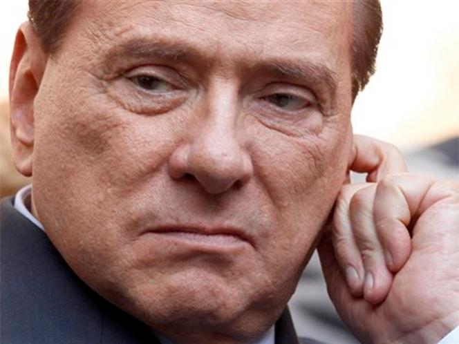 Berlusconi, condenado a 7 años de prisión e inhabilitación perpetua