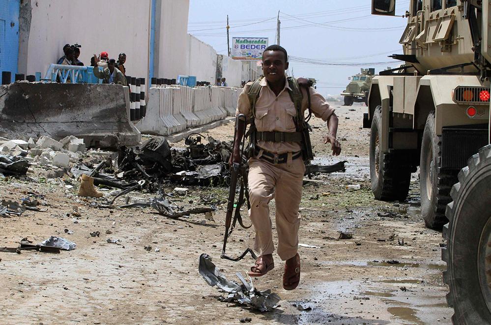 Atentado contra complejo de la ONU en Somalia deja 15 muertos