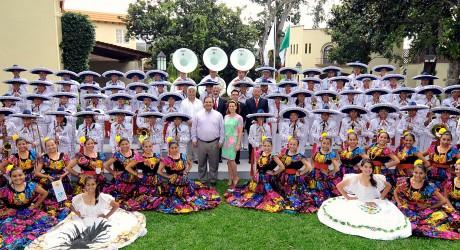 Jóvenes de la Delfines Marching Band, ejemplo y orgullo de Veracruz: Javier Duarte