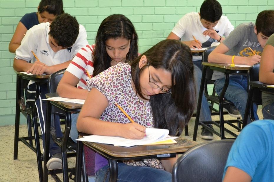 AEXI y Mídete son herramientas de preparación para el examen de ingreso a la UV