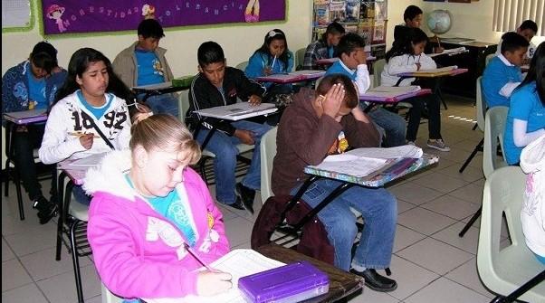 Escuelas particulares no deben obligar a portar uniforme en temporada invernal: Profeco