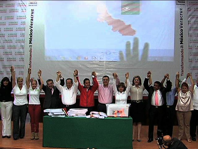 Gana el PRI en 24 de las 30 principales ciudades de Veracruz