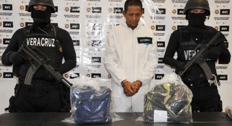 Detiene y consigna PGJ a homicida de menor en Medellín