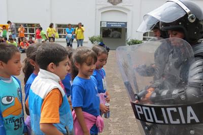 Prevención del delito y defensa personal son parte de las asignaturas del curso de verano que imparte la Secretaría de Seguridad Pública