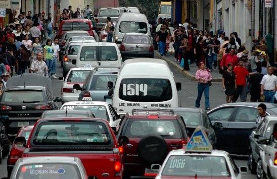 Tránsito y Vialidad de Xalapa realiza operativos afuera de escuelas