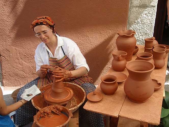 Realizan la Quinta Feria de la Cerámica en el Jardín de las Esculturas de Xalapa