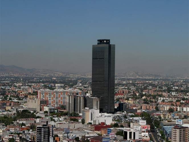 Crecen 45.8% pérdidas de Pemex y recorta meta de producción