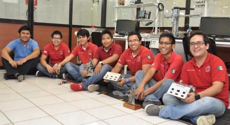 Gana Veracruz primeros lugares en el Robocore Winterchallenge 2013, en Brasil