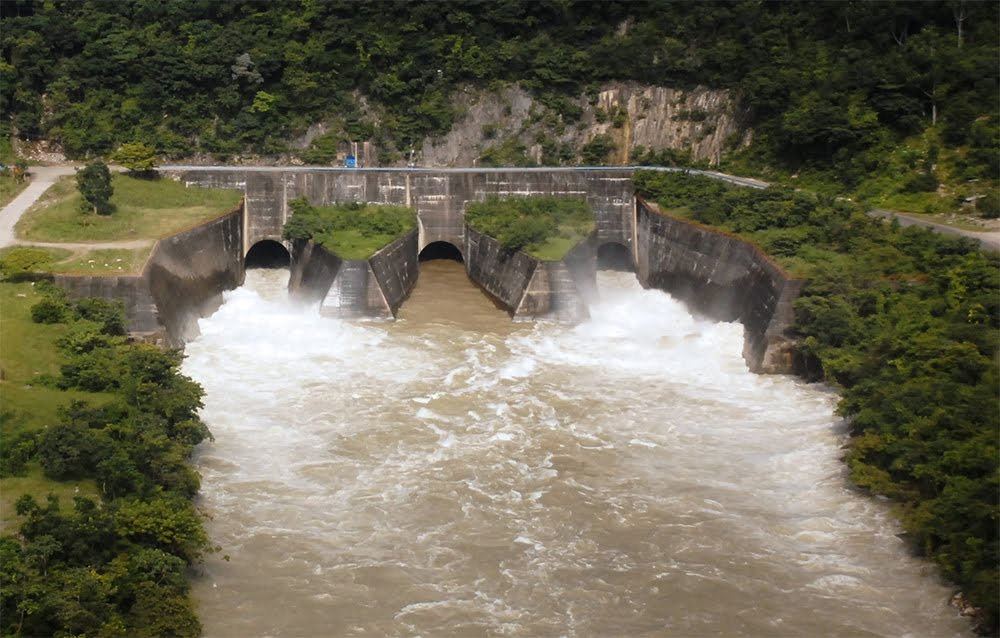 Reabastecen de agua al sur del estado