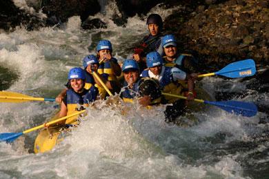 Invitan a competencia nacional de rafting en Jalcomulco