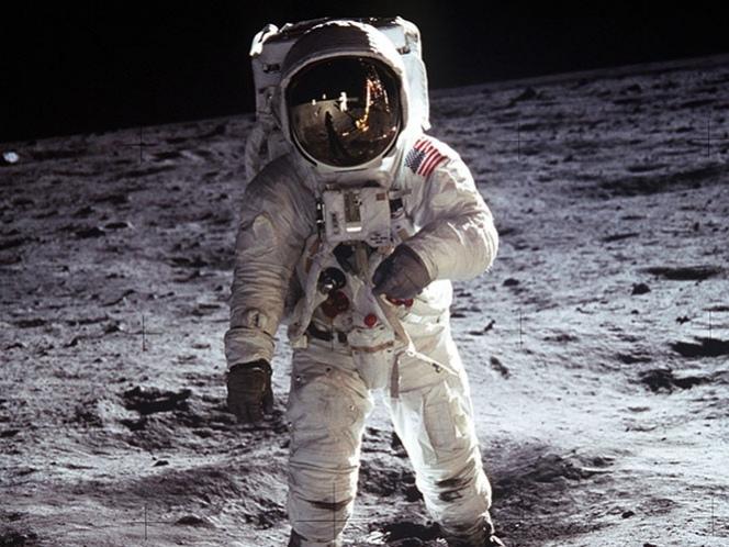 ¿Puede un cadáver descomponerse en la Luna?