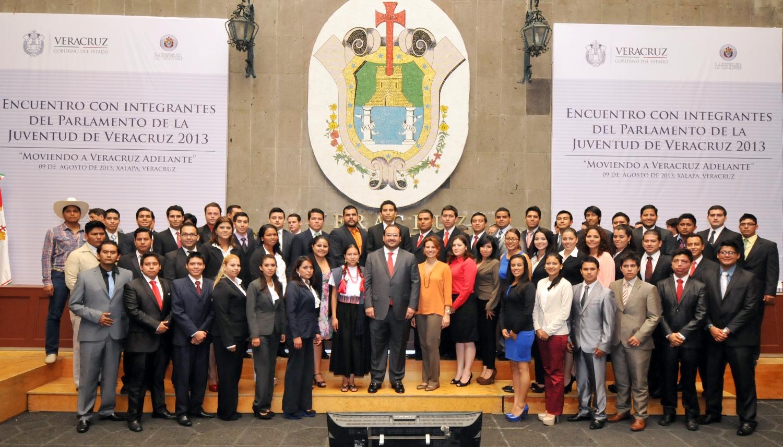 Inversión millonaria para proyectos en apoyo a los jóvenes: Javier Duarte