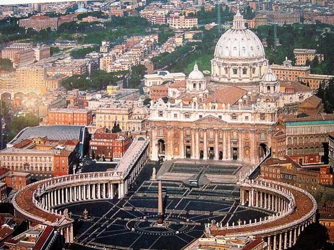 Confía el Papa a legionario de Cristo gobierno del Vaticano