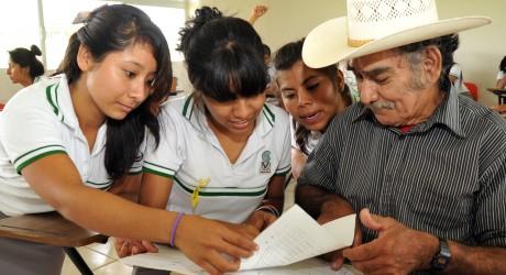 Jóvenes Adelante por la Alfabetización ha beneficiado a más de 4 mil veracruzanos