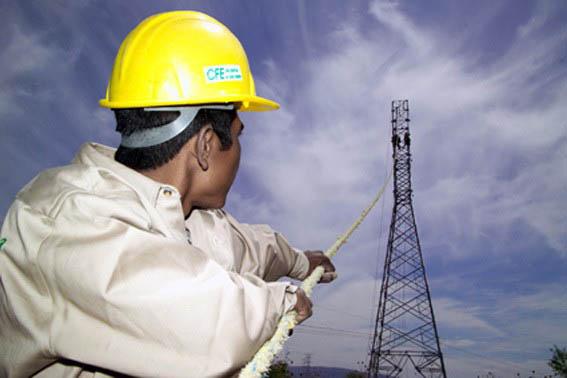 Aumenta CFE tarifa a sectores industrial, comercial y doméstico de alto consumo