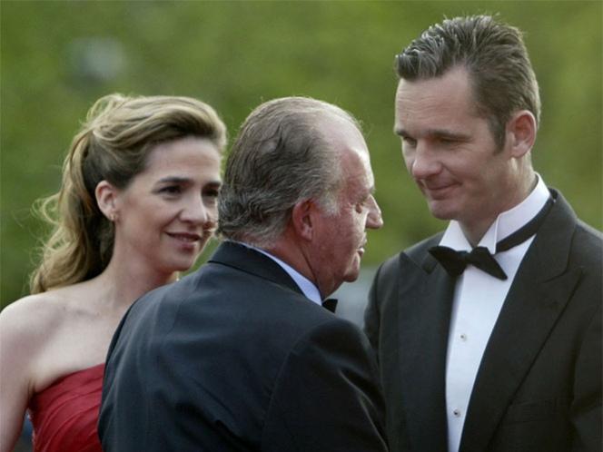 Investigan préstamos bancarios del rey de España a su hija y Urdangarin