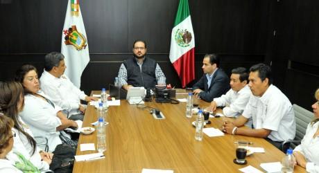 Mantiene gobernador Javier Duarte diálogo con organizaciones magisteriales para atender sus inquietudes
