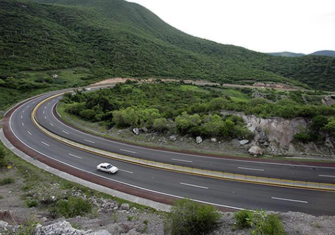 Busca SIOP concretar tramos carreteros en Veracruz