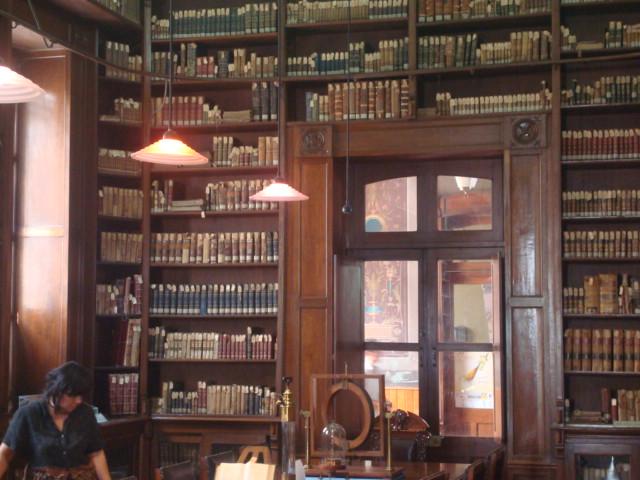 La Biblioteca Histórica del Colegio Preparatorio de Xalapa es considerada patrimonio cultural de los veracruzanos