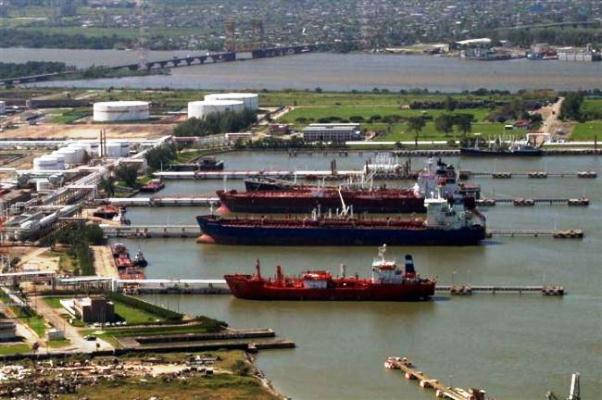 Crece volumen de carga en el puerto de Coatzacoalcos