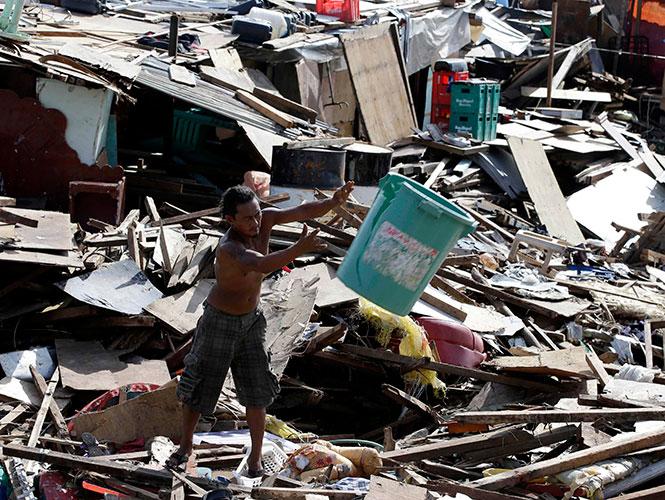 Estiman cinco años para reconstruir Filipinas