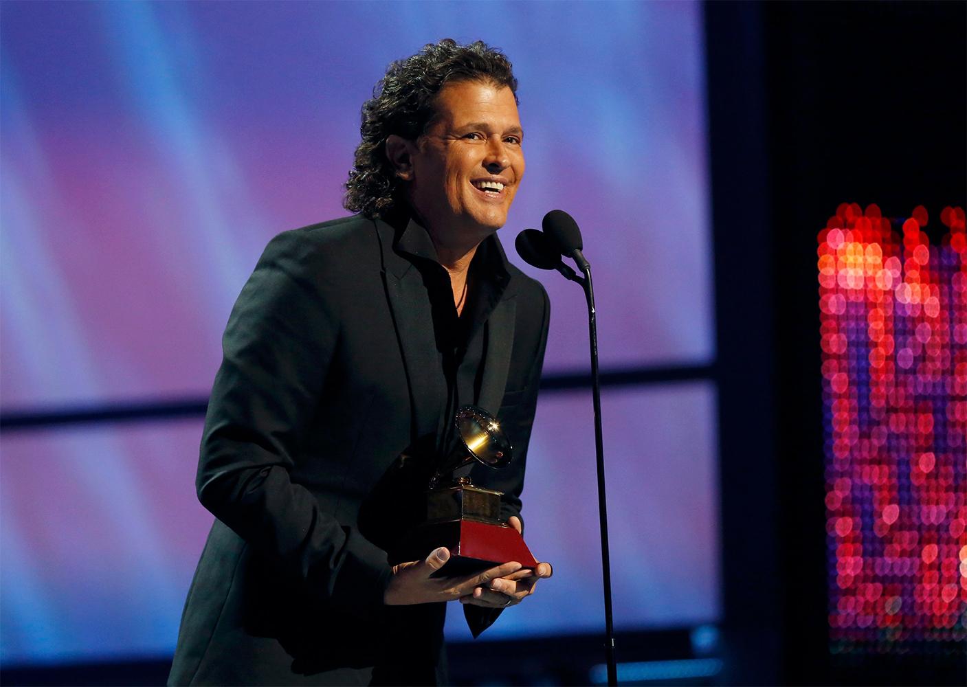 El colombiano Carlos Vives triunfa en los Grammy Latino