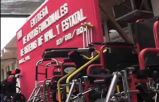 DIF Municipal y Estatal apoyos funcionales a más de 30 personas con discapacidad de Coatzacoalcos.