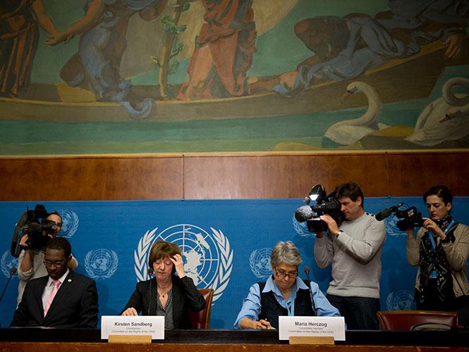 La ONU y El Vaticano intercambian críticas por casos de pederastia
