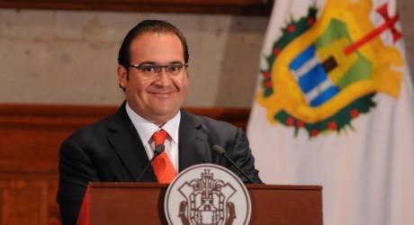 En Veracruz, respeto a los derechos del magisterio y educación gratuita: Javier Duarte