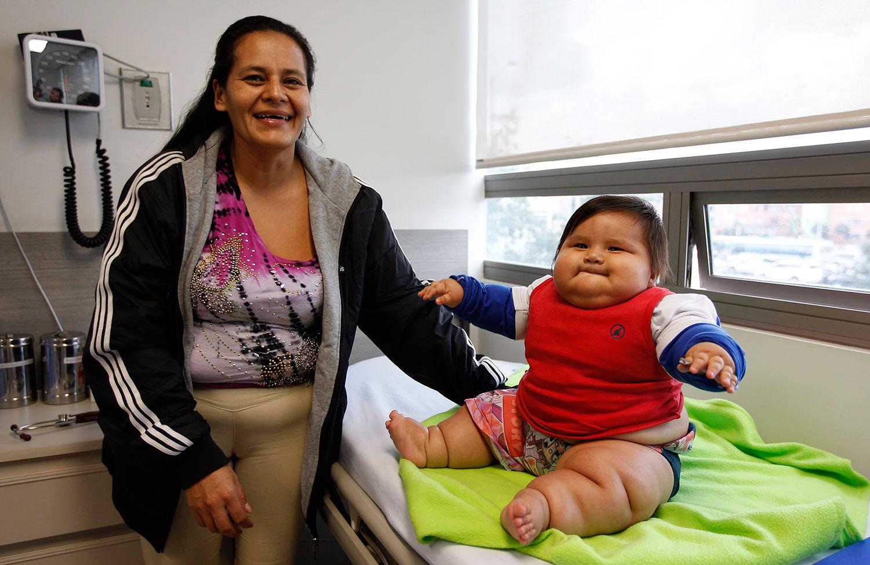 Salta a la fama en Colombia bebé de más de 20 kilos