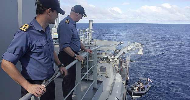 Concluye sin éxito la búsqueda submarina del avión malasio desaparecido hace un mes y medio