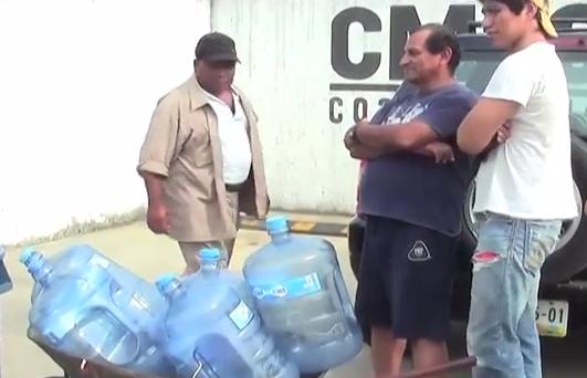 Continúa el problema de la escasez de agua en las colonias de Coatzacoalcos.