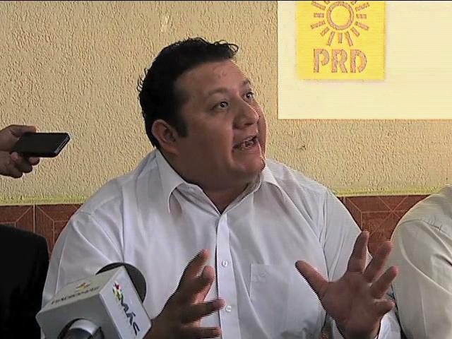 Presenta el PRD iniciativa de Reforma Electoral, plantea gobierno de transición de dos años