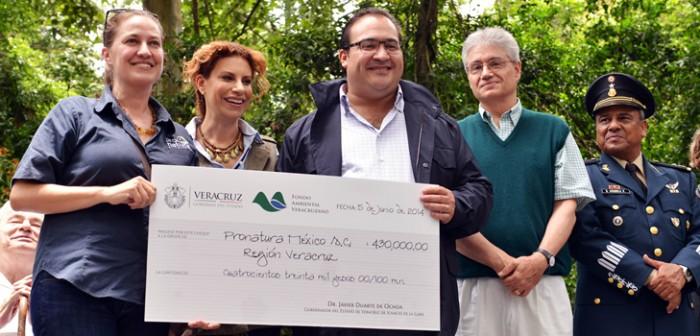 Entrega Javier Duarte recursos por 11 mdp a ganadores del Fondo Ambiental Veracruzano