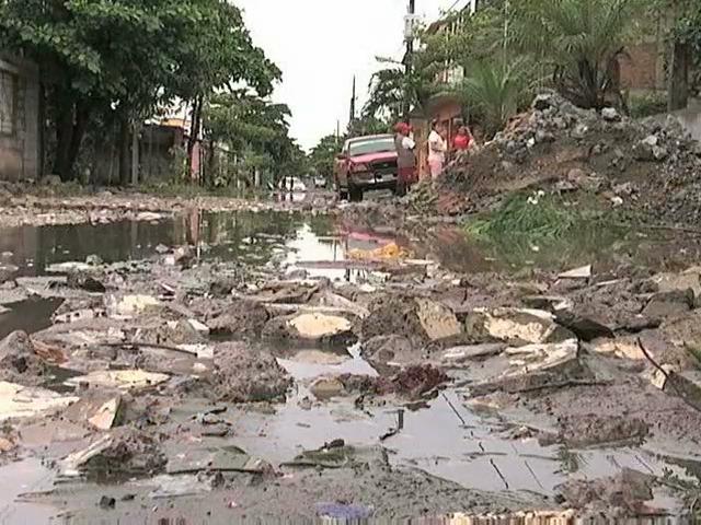 Lluvia deja severos encharcamientos en la ciudad de Veracruz