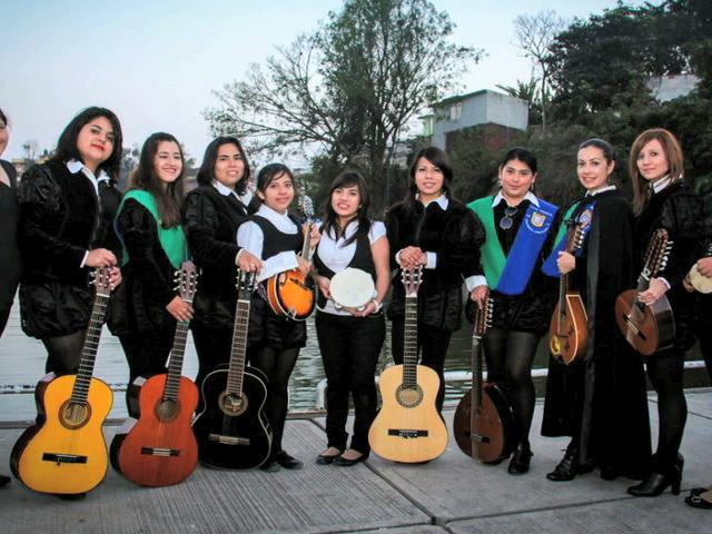 Fotografía y conciertos en el II Festival Nacional de Tunas en Xalapa