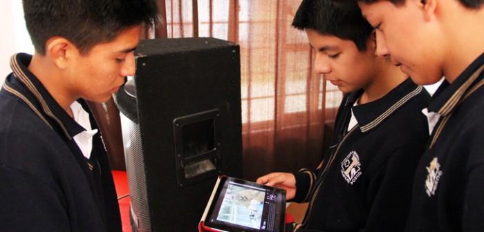 El Camino de la Ciencia recorre escuelas fomentando el interés por la ciencia y tecnología
