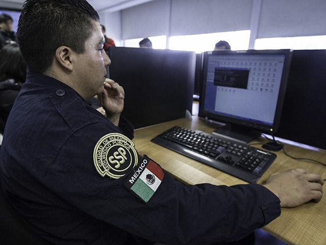 Policía cibernética de Veracruz fortalece acciones para evitar saqueos durante pandemia