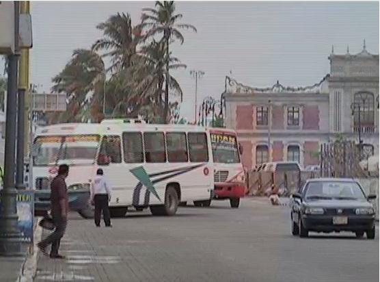 Choferes de transporte público, quienes más inciden en infracciones