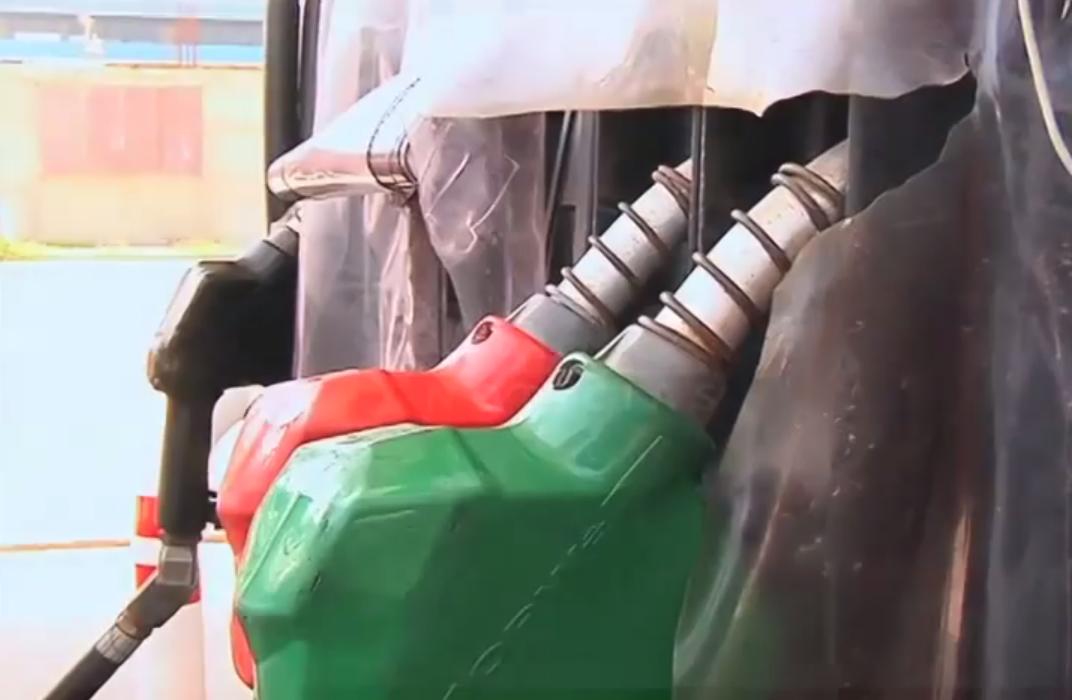 Consumidores de la Zona Sur se quejan por la carga incompleta de combustible.